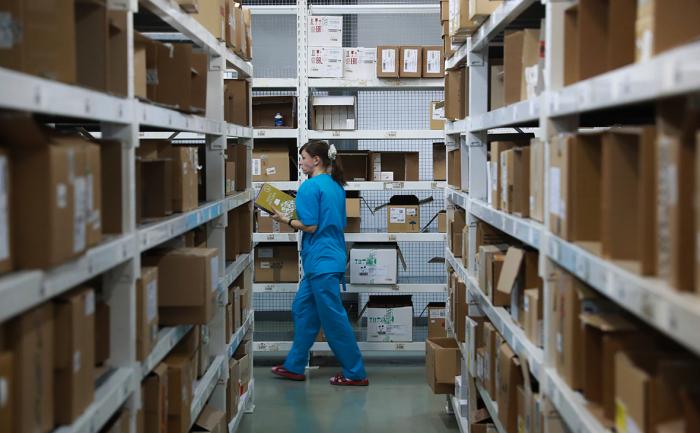 Холодный сентябрь привел к росту спроса на противопростудные лекарства