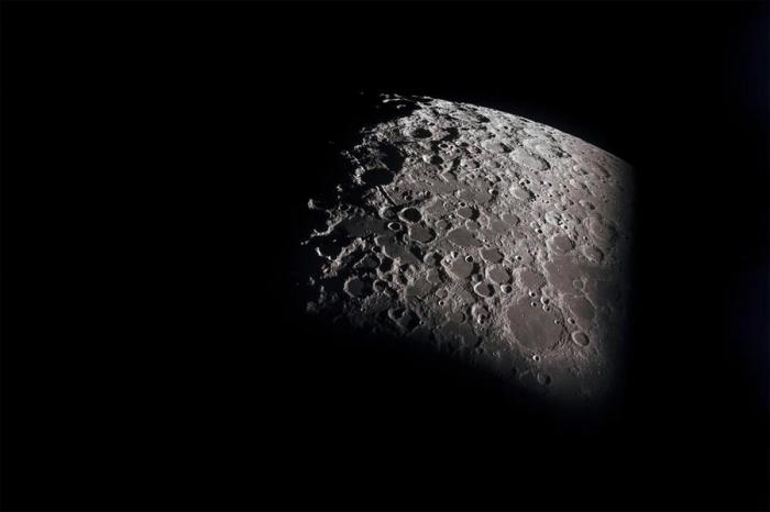 Сенат США постановил найти конкурента Илона Маску дляпосадки наЛуну