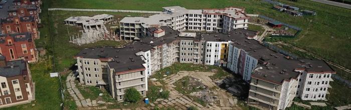 Право достраивать проблемный ЖК «Остров Эрин» осталось за Московским фондом