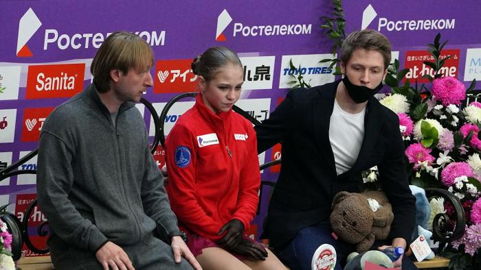 Веденин рассказал о желании судей наказать Трусову за реакцию Плющенко