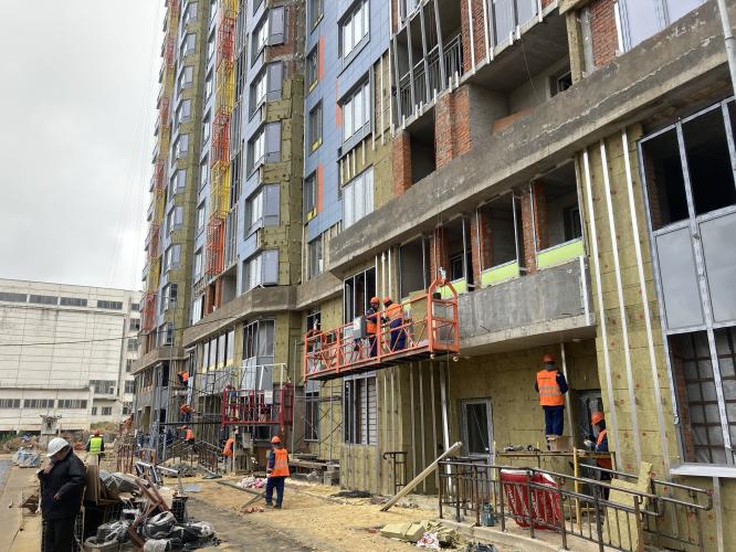 Кладка стен корпуса №31 жилого комплекса «Царицыно» завершится в октябре
