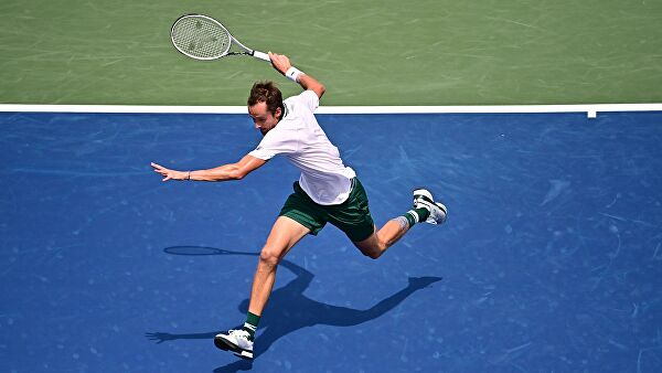 Даниил Медведев выступит на турнире в Акапулько